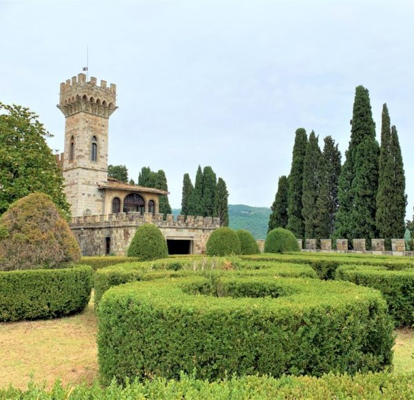 Chianti bike tour - Badia a Passignano, the garden