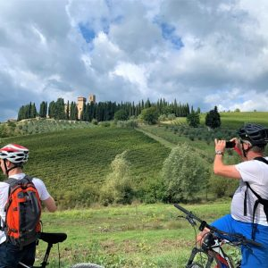 Tuscan monasteries - bike tour